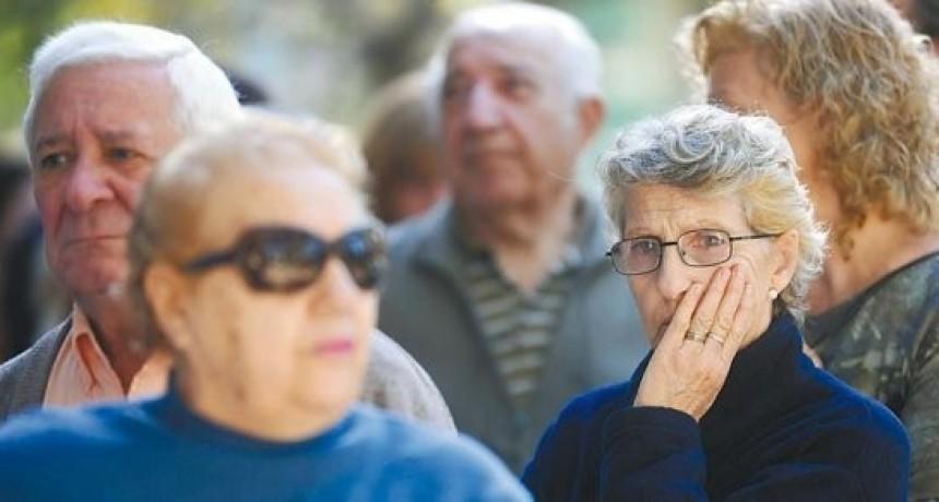 El Gobierno oficializó el aumento de las jubilaciones y de la Asignación Universal por Hijo: de cuánto es la suba