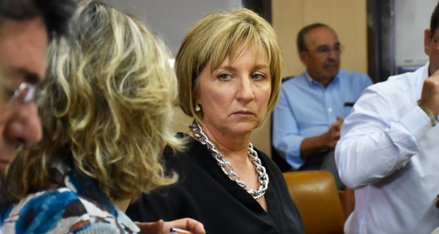 Denuncian a otras cinco comisiones de fomento por facturas truchas
