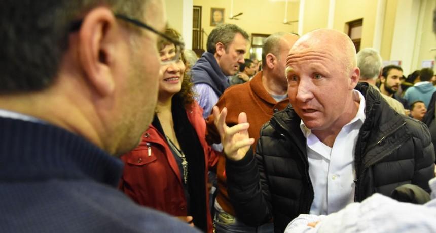 Mac Allister mostró un mensajito de Macri y dijo que no lo echaron
