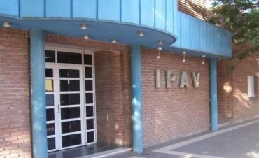El IPAV LES RETIRA LAS CASAS A DEUDORES EN TELEN Y VICTORICA