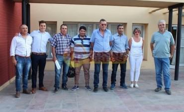 Paso Pehuenche: Alcaldes y Concejeros chilenos e intendentes oesteños en Algarrobo del Aguila