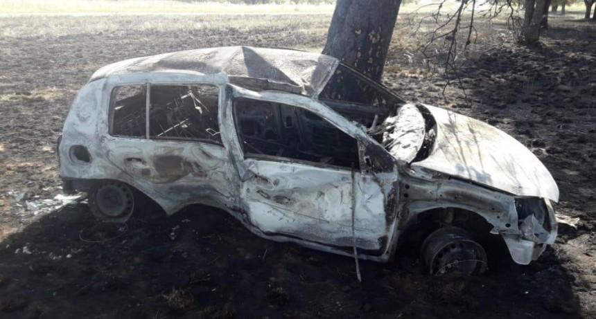 Vuelco e Incendio en ruta 10 , una bebe despedida en el accidente
