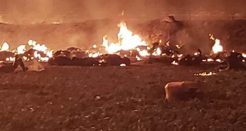 Mexico:Explotan oleoductos en medio de la pelea de AMLO con el robo de combustibles: más de 20 muertos (VIDEO)