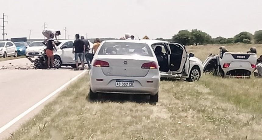 Murió un niño en un choque en la ruta nacional 35: Hay tres heridos