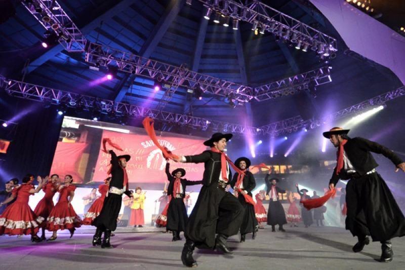 El Festival de Cosquín vuelve en formato televisivo