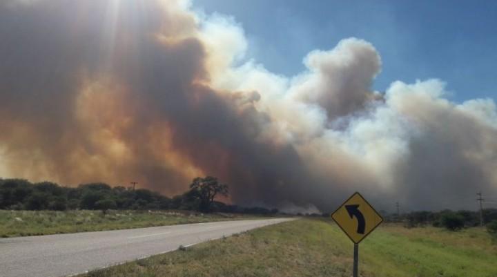 Incendio entre Loventue y Luan Toro