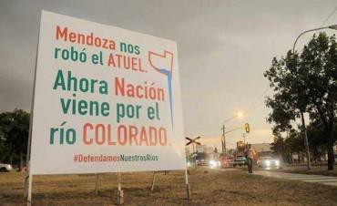 Mendoza nos robó el Atuel. Nación viene por el río Colorado