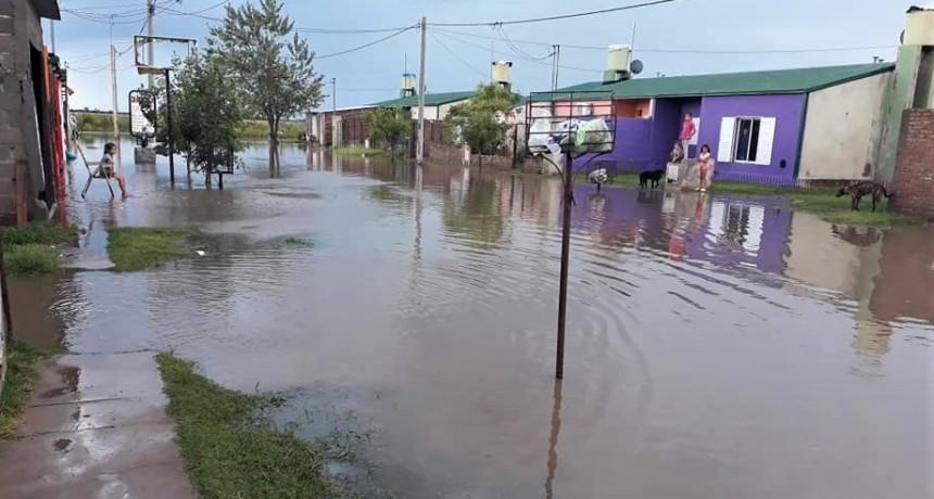 Realicó, inundado: 120 mm, viento y granizo