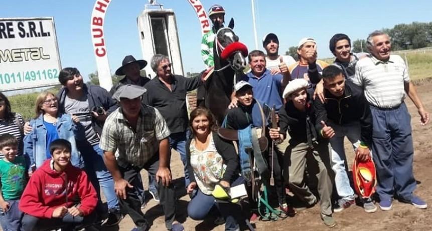 TURF: BANDOLERO DE VICTORICA GANO LA CUARTA CARRERA