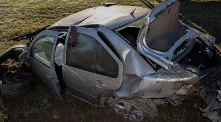 Vuelco y despite en la mañana de hoy: Dos accidentes en cercanías de Macachín