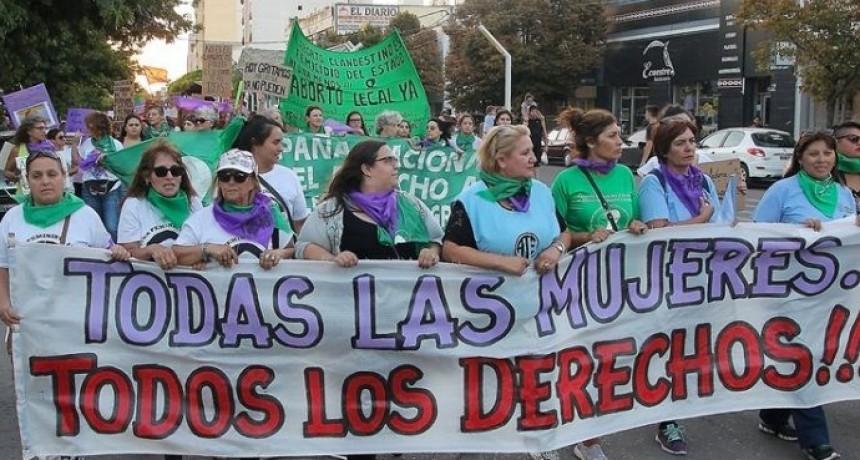 """""""Vivas, libres y gobernando"""": se desarrolla el Paro Internacional de mujeres, travestis y trans"""
