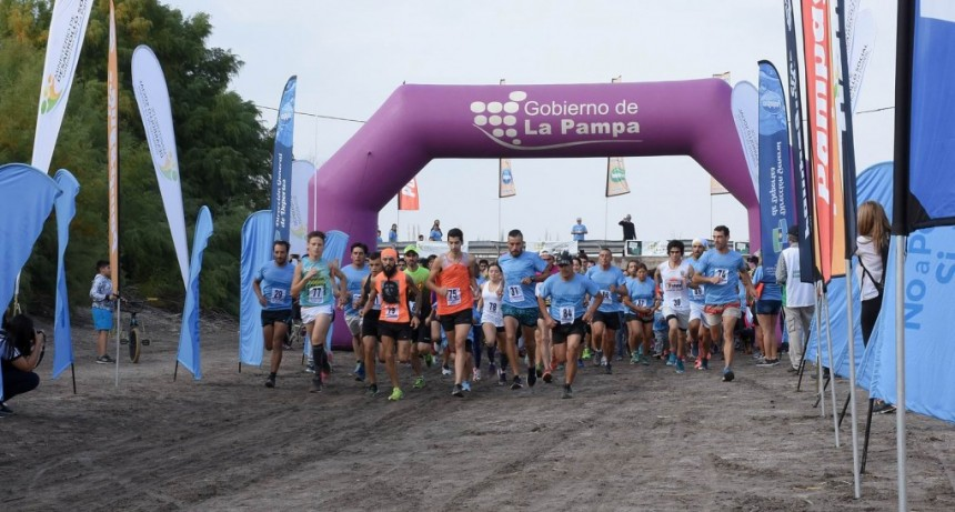Algarrobo del Águila reclamó con actividades deportivas, y en el Día del Agua, por el Atuel