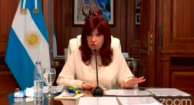 Ante los jueces de Casación, Cristina aludió a un sistema «podrido y perverso» y fustigó al Poder Judicial
