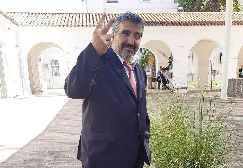 El vice de Santa Isabel reafirma su ofensiva sobre la intendenta