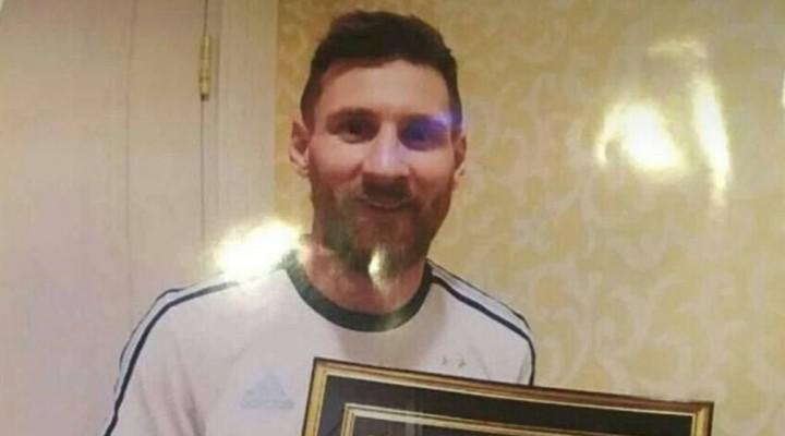Apuntan que Messi avaló a