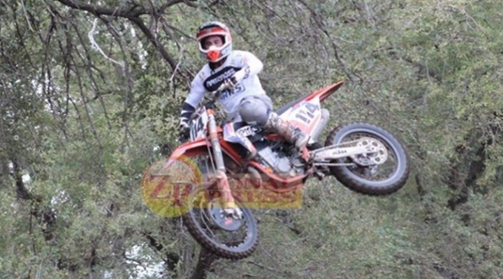 Sebastián Sanchez  ganó en MX1, Toledano gano en Mx2