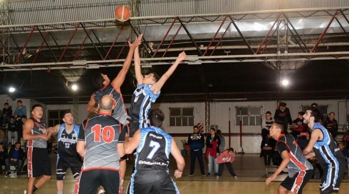 Basquet: Estudiantes con Guido Pesce le ganaron a Belgrano
