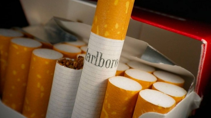 Los cigarrillos vuelven a aumentar: 2 pesos promedio