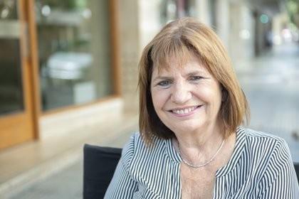 Patricia: Le podríamos haber dado las Islas Malvinas a Pfizer