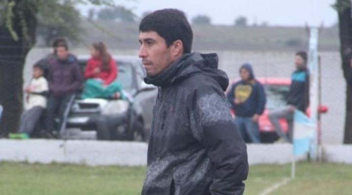Jugamos con la pelota por el piso en el segundo tiempo y pudimos hacer la diferencia…Javier Olguín
