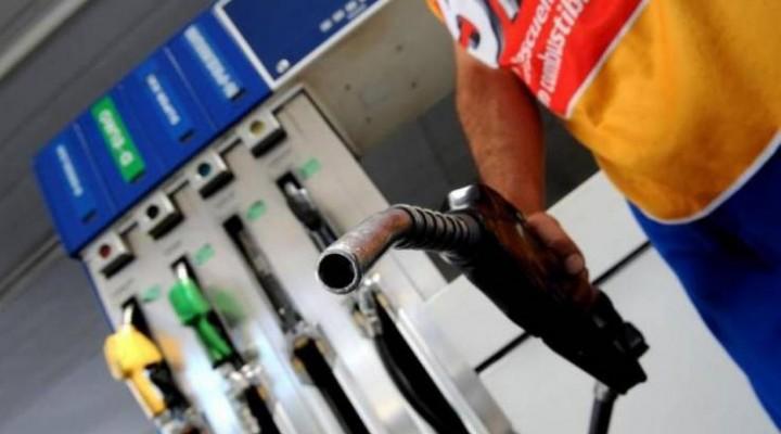 Piden a las petroleras que posterguen dos meses los aumentos en naftas