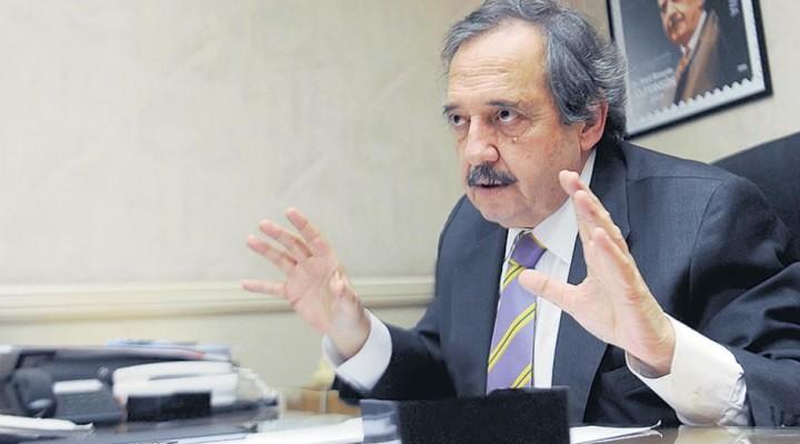 Alfonsín contra la conducción de la UCR
