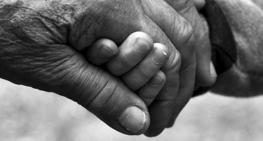 Niño de 8 años pide autorizacion para ver a su abuelo