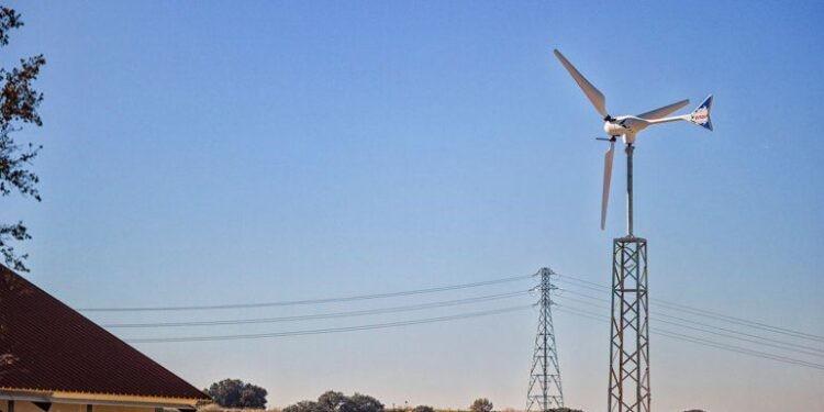 Las familias pampeanas ahora pueden generar su propia energía eléctrica y vender el excedente