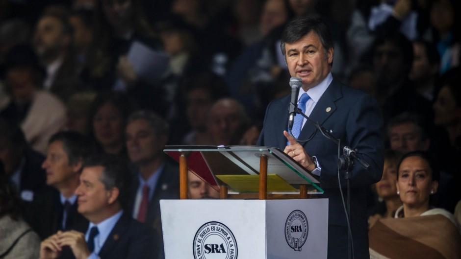El presidente de La Rural cuestionó la inflación y la presión tributaria asfixiante