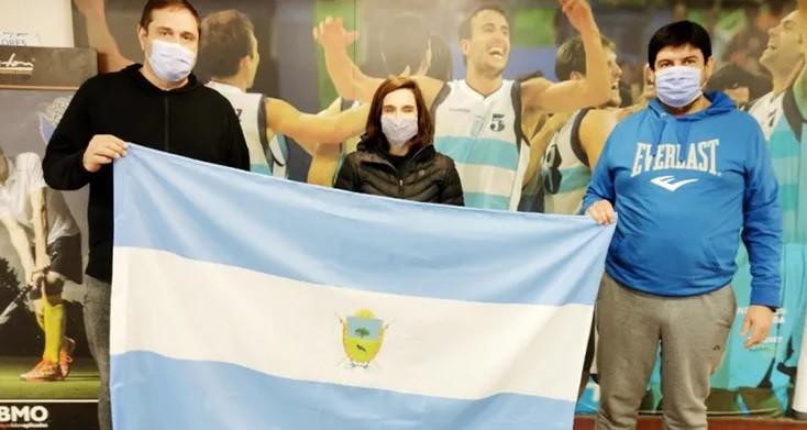 Entregaron una beca a la nadadora de La Pampa que competirá en los Juegos Paralímpicos