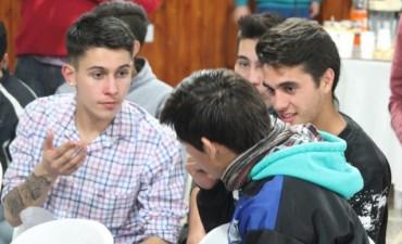 La idea es poder saber que piensan los jóvenes, que cosas les preocupan y como ven su futuro