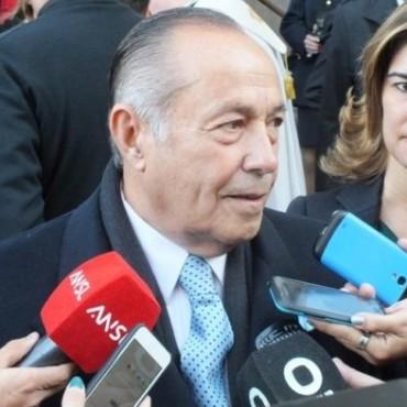 """Grave amenaza: Adolfo pide """"limpiar a los traidores"""""""