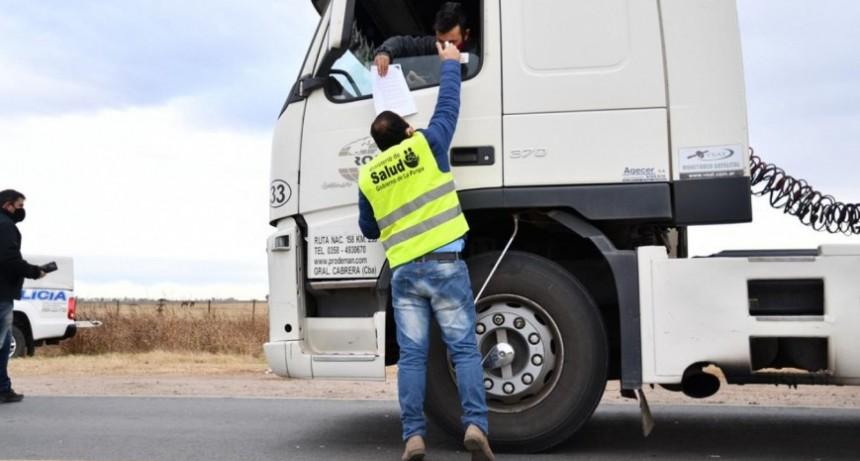 Salud aclaró que quienes viajen a localidades con «contagios comunitarios» no deben hacer cuarentena al regresar