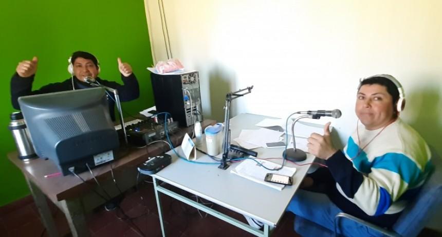 HACEMOS RADIO AL SERVICIO DE LA GENTE
