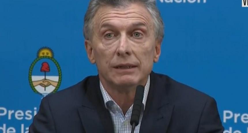 Macri vuelve al cepo: habrá que pedir autorización para comprar dólares...solo 10 mil por mes