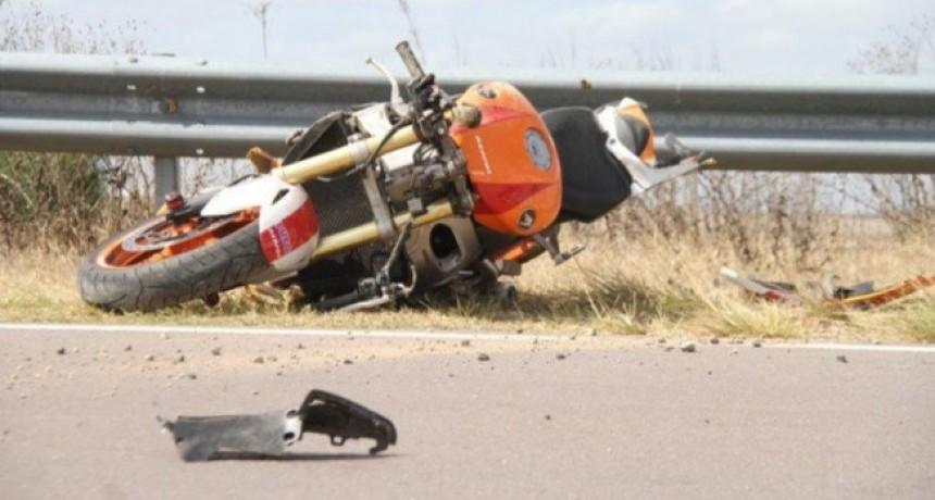 Accidente fatal en la curva de Trebolares: Murió un motociclista a 20 km de General Pico