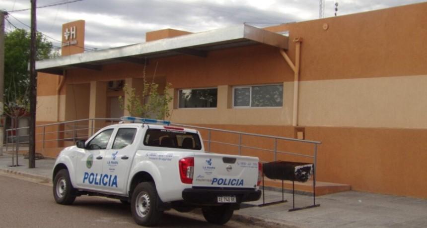 UN POLICIA LES PIDIÓ QUE BAJEN LA MUSICA Y RECIBIO UNA PALIZA