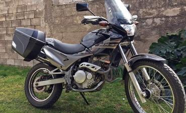 Salieron a probar una moto para comprarla y no volvieron más