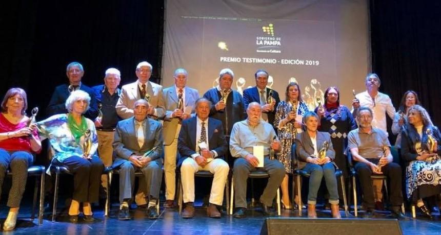 Victoriquenses reconocidos en Premios Testimonio