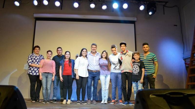 Casting de DONES Y TALENTOS