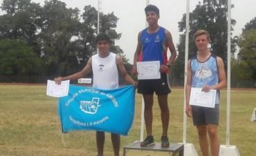 Atletismo en el CeNard: Victoriquense trajo medallas
