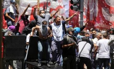 Reforma previsional : La CGT repudia la violencia de un grupo de provocadores
